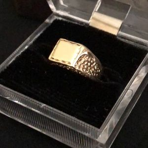 14K Solid Yellow Gold Ring